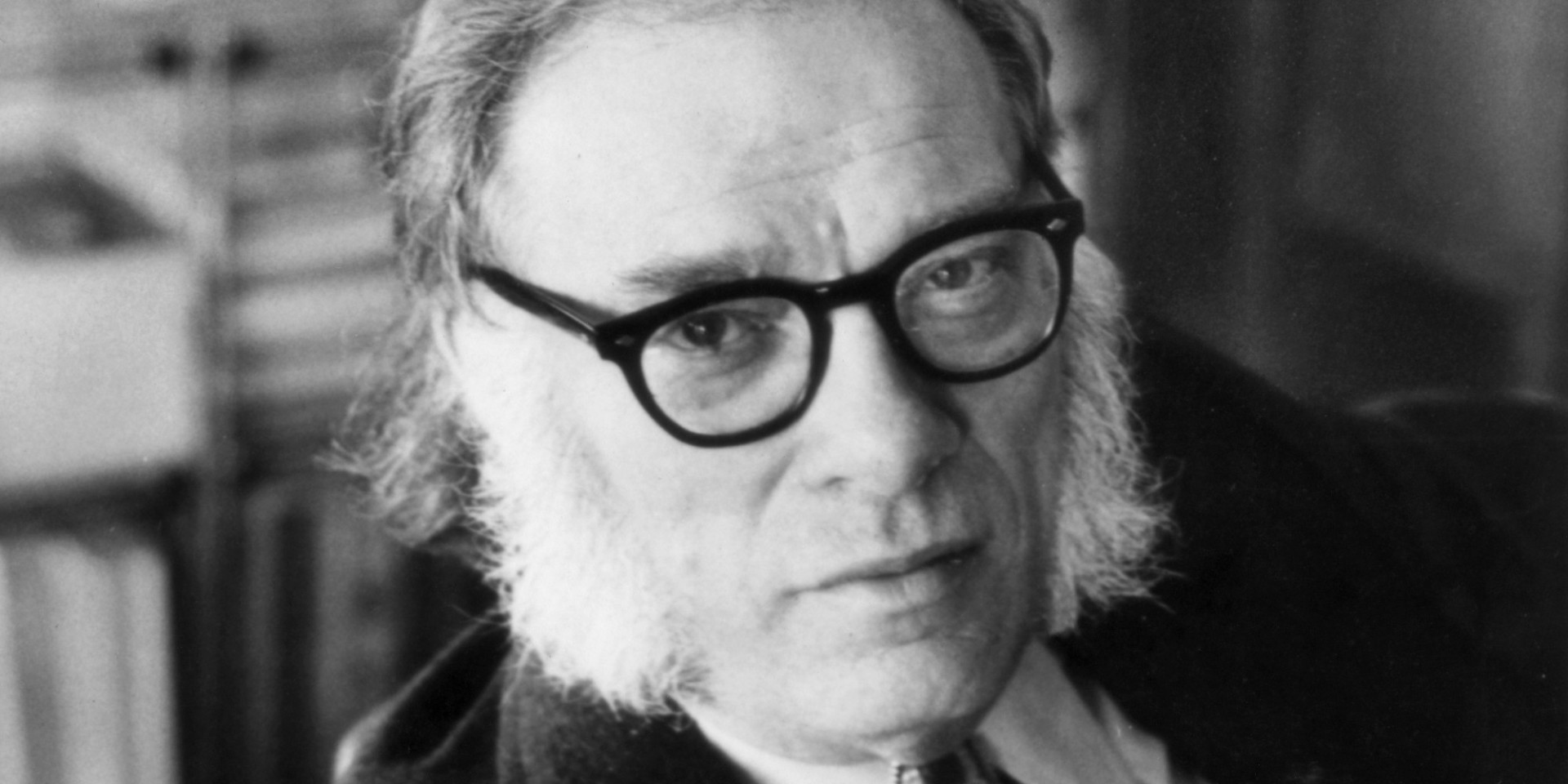 Portrait of the american biochemist and writer Isaac Asimov. USA, 1970s (Photo by Mondadori Portfolio via Getty Images)