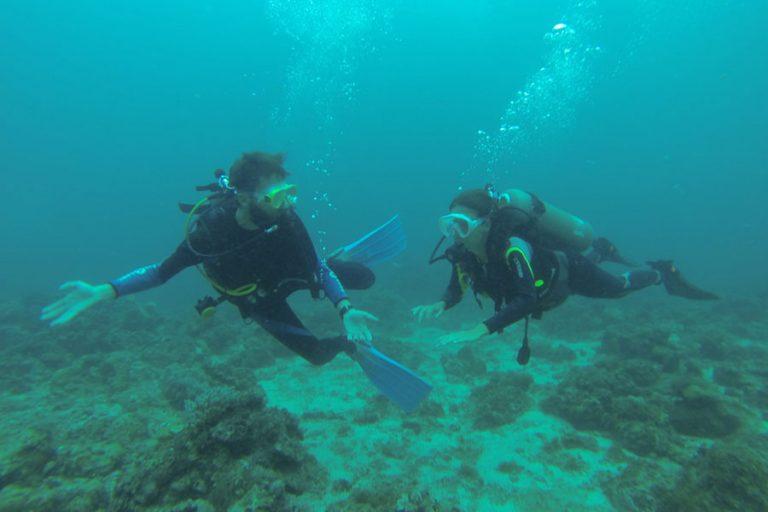 Buceando en Malapascua, Filipinas.